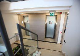 Designfolie til hotel - fornyelse af trappeopgang