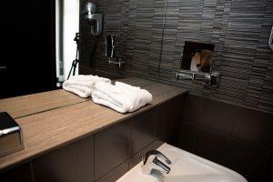 Designfolie til hotel - fornyelse af badeværelse